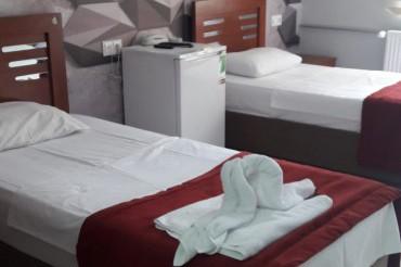 2 Adet Tek Yataklı Paylaşımlı Oda